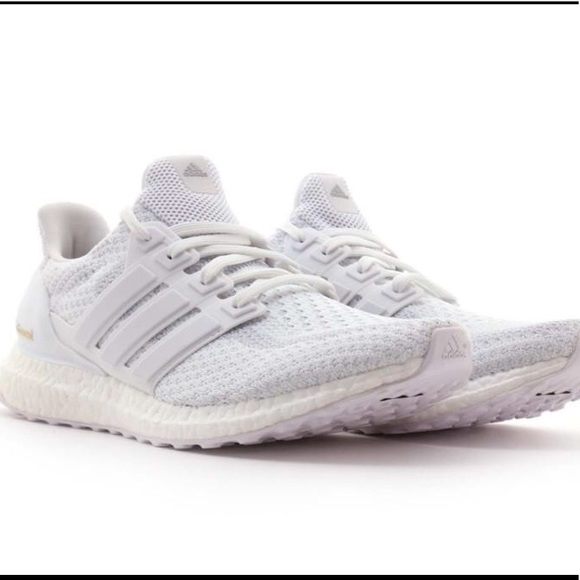 02c5f133 adidas ultra boost triple white women